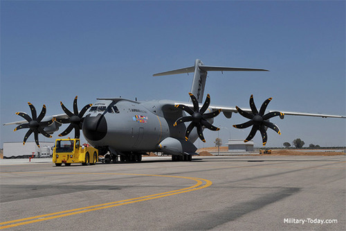 ایرباس آ-۴۰۰ ام اطلس یک هواپیمای حمل و نقل سنگین نظامی با ۴ موتور توربوپراپ است که توسط شرکت چندملیتی ایرباس تولید میشود.