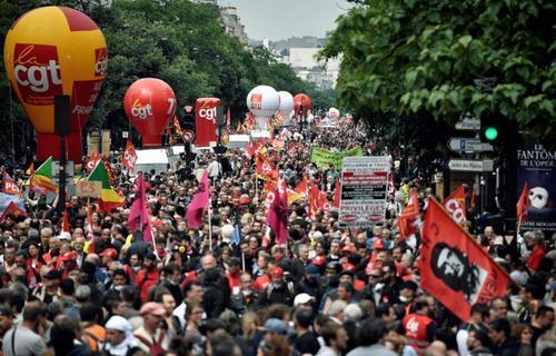 تظاهرات انجمن صنفی کار در پاریس با عنوان