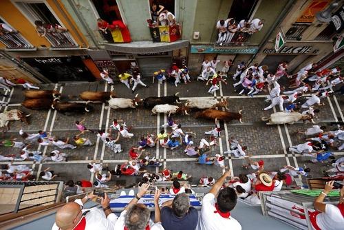 جشنواره سالانه گاو بازی – سان فرمین – در پامپلونا اسپانیا