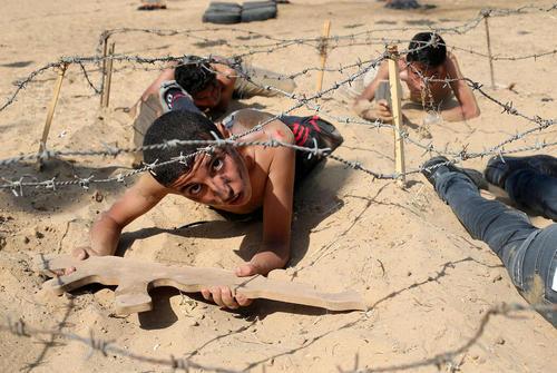 اردوگاه تابستانی آموزش نظامی به دانش آموزان غزه ای از سوی جنبش جهاد اسلامی