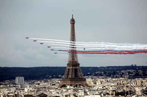 نمایش هوایی به مناسبت روز ملی فرانسه – پاریس