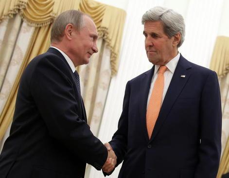 دیدار وزیر امور خارجه آمریکا با رییس جمهور روسیه در کاخ کرملین در مسکو