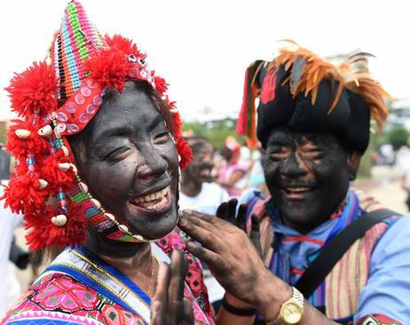 جشنواره سنتی هوالیان در اقلیت قومی
