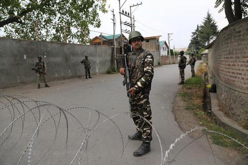 ادامه وضعیت امنیتی در کشمیر