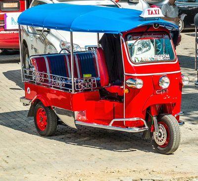 تاکسی سه چرخه در بانکوک- تایلند