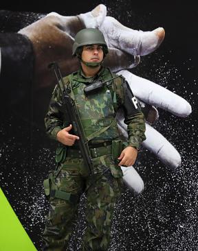 نیروهای نظامی محافظ امنیت المپیک در ریودوژانیرو برزیل