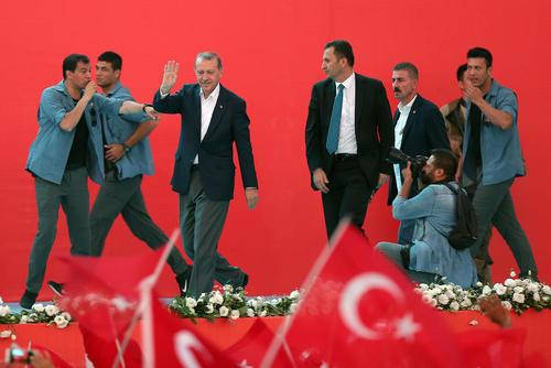 رییس جمهوری ترکیه در گردهمایی بزرگ مخالفت با کودتا در میدان