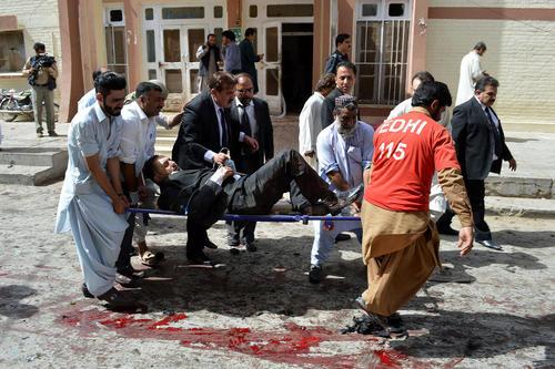 دهها کشته از جامعه وکلای پاکستان در حمله انتحاری به بیمارستانی در شهر پیشاور