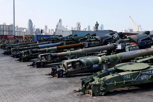 تحویل کمک تسلیحاتی 50 میلیون دلاری آمریکا به ارتش لبنان – بیروت