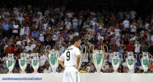 کریستیانو رونالدو 31 ساله که با قیمت 80 میلیون یورو به رئال مادرید پیوست.