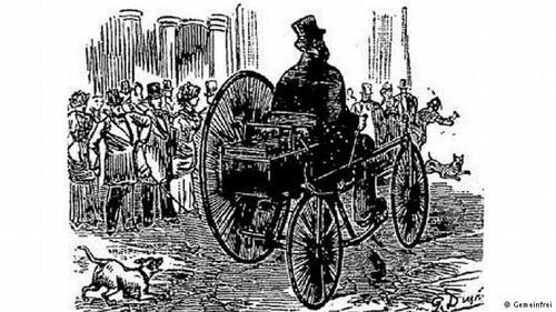 اولین دوچرخه الکتریکیدر سال ۱۸۸۱ یک مخترع فرانسوی به نام گوستاو ترووه اولین سهچرخه برقی را ساخت و در خیابانهای پاریس با آن حرکت کرد. اولین خودرو در جهان میتوانست با سرعتی تا ۱۲ کیلومتر در ساعت برسد و این سرعت در نمونههای بعدی از ۱۲ تا ۲۶ کیلومتر برساعت متغییر بود. یکی ازاین خودروها زیمنس بود که موتور آن بروی محور نصب شده و باتری ۱۲ ولتی (سرب اسید) آن در پشت سر راننده قرار داشت.