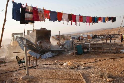 تخریب خانه فلسطینی در کرانه غربی از سوی نیروهای اسراییل