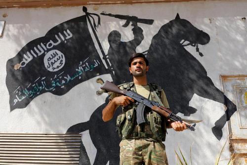 نیروهای موسوم به ارتش آزاد سوریه در شهر جرابلس سوریه