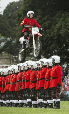 نمایش با موتور سیکلت – دربی شایر انگلیس
