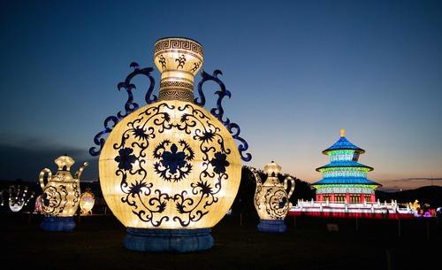 جشنواره فانوس های نورانی چینی در وین اتریش