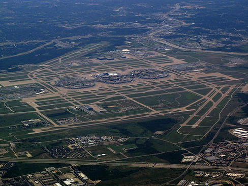 فرودگاه بینالمللی دالاس-فورت ورث