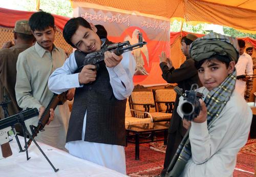نمایشگاه ابزار و ادوات جنگی ارتش پاکستان در