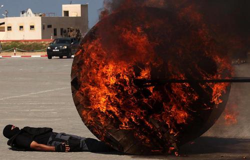رزمایش نیروهای امنیتی غزه