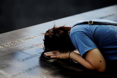 بنای یادبود 11 سپتامبر در پانزدهمین سالگرد این واقعه – نیویورک