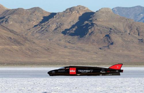 آزمایش سریع ترین ماشین حرکت روی زمین در جهان - ایالت یوتا آمریکا