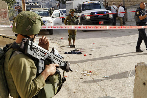 کشته شدن یک مهاجم فلسطینی که قصد داشت با چاقو به سک سرباز اسراییلی حمله کند – هبرون در کرانه غربی رود اردن
