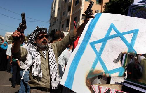 تظاهرات فلسطینی ها با درخواست آزادی زندانیان فلسطینی از زندان های اسراییل – غزه