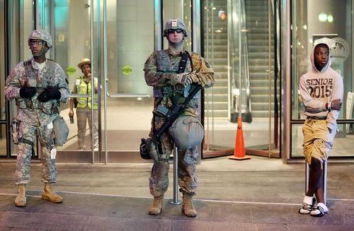 استقرار نیروهای گارد ملی در شهر آشوب زده شارلوت در ایالت کارولینای شمالی آمریکا