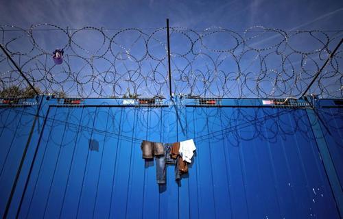اردوگاه پناهجویان در مجارستان - خبرگزاری فرانسه