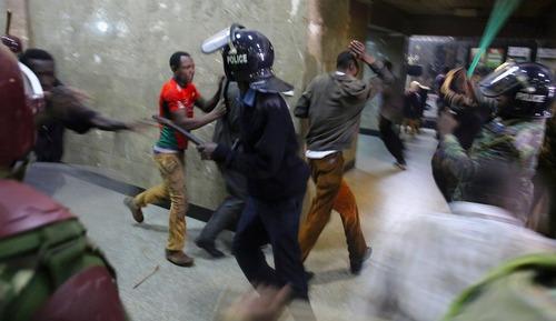 درگیری بین پلیس و معترضان در شهر نایروبی کنیا