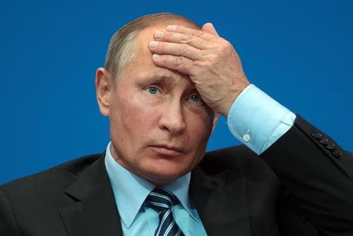 ولادیمیر پوتین در سیزدهمین مجمع همکاری های مشترک منطقه ای روسیه و قزاقستان در شهر آستانه
