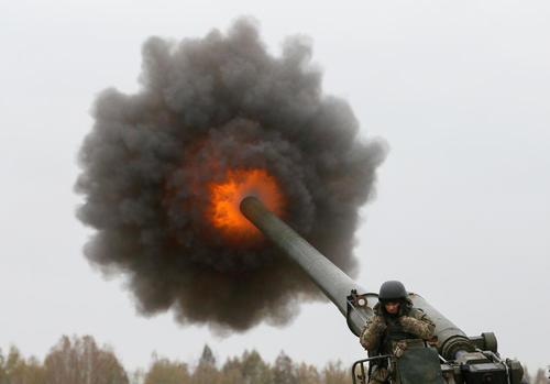 رزمایش نظامی ارتش اوکراین در حومه شهر کی یف