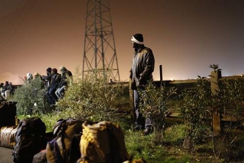 جمع آوری اردوگاه غیر قانونی پناهجویان موسوم به