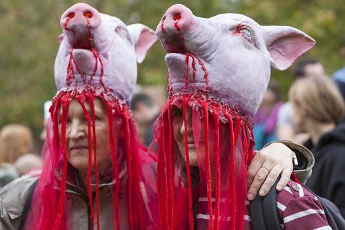 بزرگ ترین گردهمایی حامیان حقوق حیوانات در وست مینستر لندن