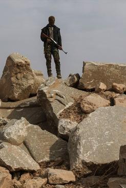 تصاویر تخریب آثار باستانی شهر نمرود توسط داعش