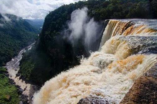 آبشار کایتور، گویان، 741 پا