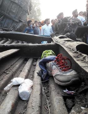 100 کشته در سانحه قطار در هند